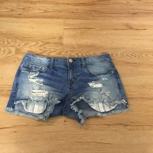 Aeropostale distressed shorts